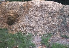 WOODCHIPS FOR CHEAPER THAN LANDSCAPING/FLOWERBED MULCH & WEED PREVENTATIVE in Warner Robins, Georgia
