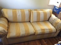 pull out sofa bed in Fort Belvoir, Virginia