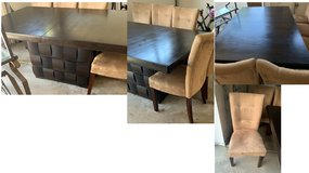 Dining table and chairs - Naperville 60564 in Glendale Heights, Illinois