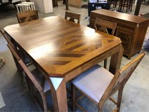 Expandable table seating 4-6; 6 chairs hutch combo in Hampton, Virginia