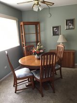 A Real Deal !!! Dining Room Set in Tinley Park, Illinois