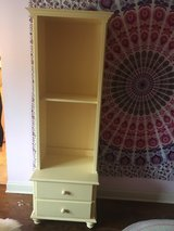 shelving/drawers in Westmont, Illinois