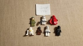 7 Star Wars Minifigs Group 446 in Aurora, Illinois