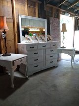 ultra high end dresser with 2 night stands in Cherry Point, North Carolina