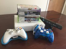 Xbox 360/Games/2controllers/Kinect in Fort Riley, Kansas