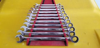 Matco Tools combination wrench set in Bartlett, Illinois