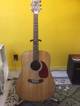 FOR  SALE  !  VERY  NICE   TAKAMINE  ACOUSTIC     GUITAR in Fort Leonard Wood, Missouri
