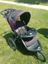 Jogging stroller in Yorkville, Illinois