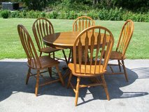 Dining Room Table & Chairs in Camp Lejeune, North Carolina