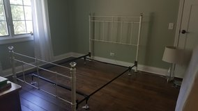 Wrought Iron Bed, full, white, used, Pottery Barn in St. Charles, Illinois
