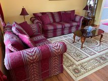 Sofa and table set in Glendale Heights, Illinois