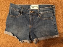 Abercrombie Kids shorts size 13/14 - perfect condition in Tomball, Texas