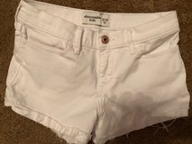 Abercrombie Kids shorts size 13/14 - perfect condition White blue jean in Tomball, Texas