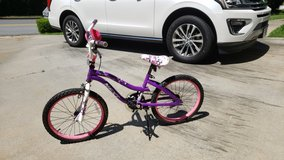 20in girls bike in Warner Robins, Georgia