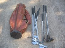 Wilson  W100 golf set in Fort Leonard Wood, Missouri