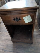 End table with drawer in 29 Palms, California