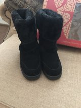black winter boots size 7 in Kingwood, Texas