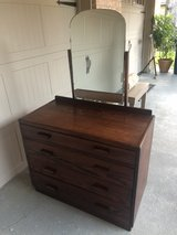 Antique 4 Drawer Chest w/Mirror in Kingwood, Texas