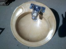 Bathroom Sink, round in Alamogordo, New Mexico