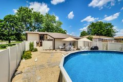Shorewood, IL POOL no HOA, Low Taxes. 4-bed,2-bath 2,067 in Joliet, Illinois