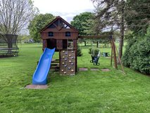 Playset for free- just grab and go in Chicago, Illinois