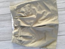 Size 32merona khaki shorts in Naperville, Illinois