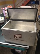 Vintage  Schlitz cooler in Chicago, Illinois