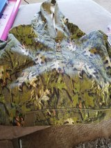 camo large hoodie never worn in Lakenheath, UK