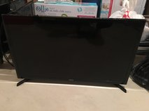 28 inch flat screen Samsung not smart tv in Chicago, Illinois