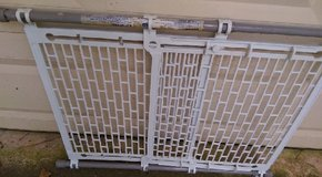 Expandable Gate for Children REDUCED PRICE in Kingwood, Texas
