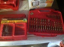 Tap & Die/ Drill Bit Set in Glendale Heights, Illinois