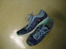 NIKE Dual Fusion Womens Size 7.5 Running Shoes in Fort Benning, Georgia