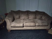 Soft plush couch good condition in Alamogordo, New Mexico