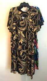 Selection of Women's MuuMuu / Dusters Size X1 and X2 in Beaufort, South Carolina
