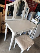 Simply Shabby Chic Vanity Makeup Table w Folding Mirror and Stool in Aurora, Illinois