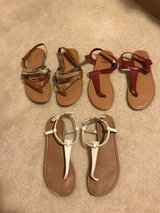 Girls size 4 sandals in Kingwood, Texas