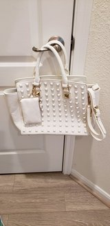White and gold accents  new in Conroe, Texas