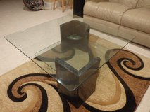Glass Table & end table in Aurora, Illinois