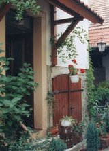 cosy little old farm house for rent in Wiesbaden, GE