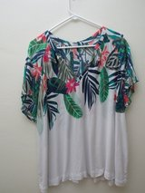 Set of 3 Old Navy Tops for Summer, Size XL in Okinawa, Japan