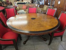 "72"" Round Dining Room Table in Glendale Heights, Illinois"