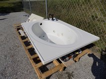 Jacuzzi Bath Tub with Faucet in Cherry Point, North Carolina