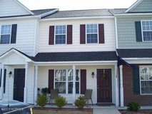 2 bedroom, 1.5 bathroom townhouse for rent in Camp Lejeune, North Carolina