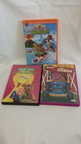 DVD - Sesame Street; Scooby Doo; Barney in Naperville, Illinois