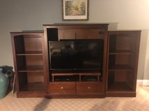 Ethan Allen American Dimensions Livingroom Solid Maple in Glendale Heights, Illinois