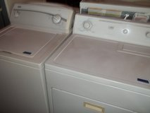 Kenmore 300 Washer with Estate Dryer Set in Fort Riley, Kansas