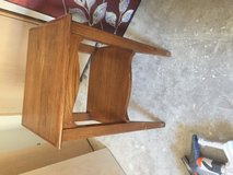 Night stand/small table in Alamogordo, New Mexico