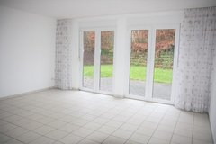 Landstuhl - Newer 4-5 Bedrm, 2.5 Bathrm Duplex with Garage & Garden in Ramstein, Germany