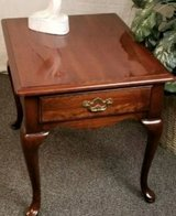Antique Thomasville Queen Anne end table in Macon, Georgia