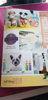 New  Fall/Winter Scentsy  brochure in Fort Campbell, Kentucky